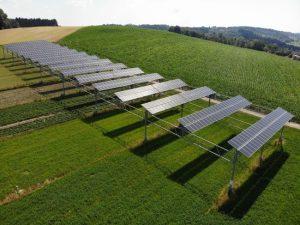 Read more about the article Metà agricoltura e metà fotovoltaico, l'agrovoltaico nuova strada per la Green economy